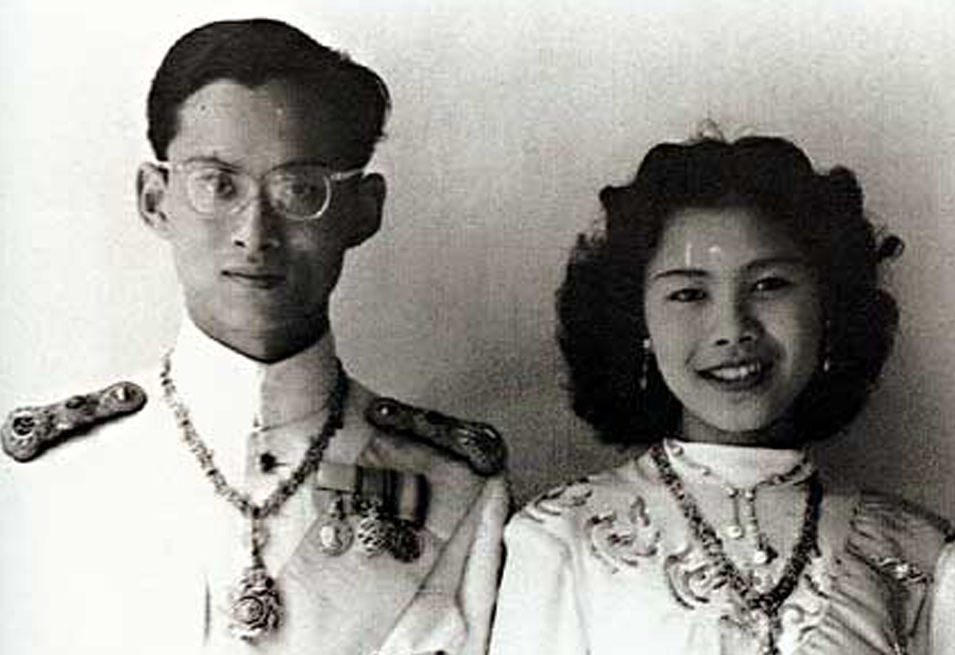Time for coffee with Queen Sirikit