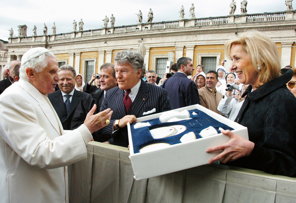 Tableware fit for a Pope:  A tradition of Villeroy & Boch